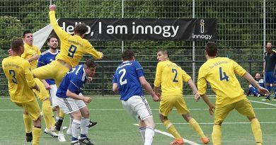 FC Blau – Gelb Überruhr II. – SV Burgaltendorf III. 2 : 3 ( 1 : 3)